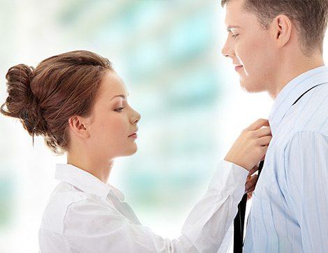 Bir Kadın Olarak Eşimin Giyim Tarzında Neleri Değiştirebilirim?