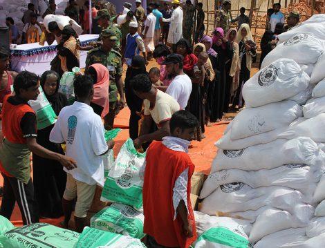 Hüdayi Vakfının Yardımları Arakan'a Ulaştı