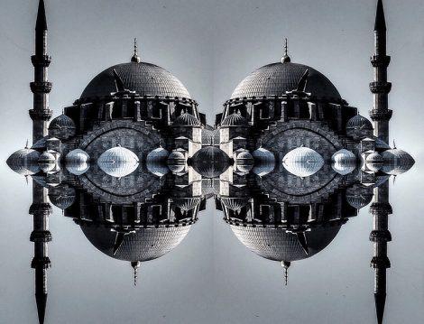 Fotoğraf Sanatında Gerçeğin ve Yansımalarının Oluşturduğu Sürreal Atmosfer