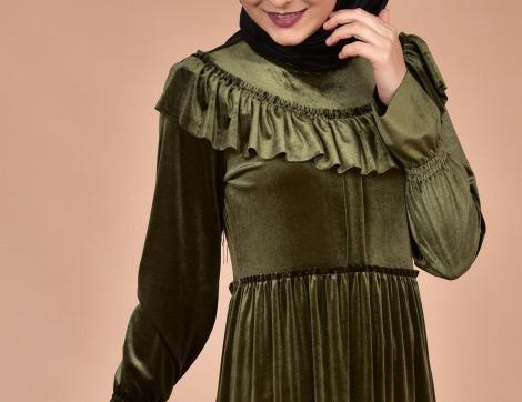 Kadife Elbiselerle Sezona Çok Sesli Bir Giriş
