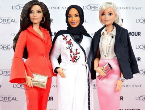 Oyuncak Tarihindeki İlk Başörtülü Barbie