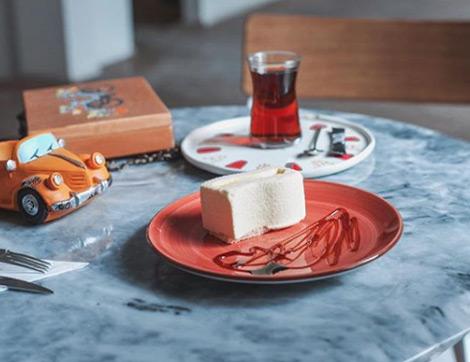 Müzik ile Kahve Kokusunun Birbirine Karıştığı Yepyeni bir Mekan: Palto Karaköy