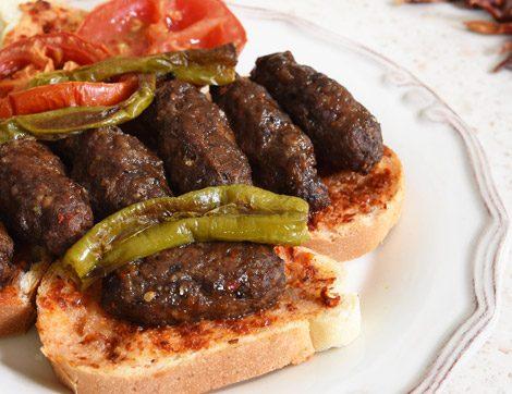 İftar Sofralarına Çorbasından Kebabına Çeşit Çeşit Köfte Tarifleri