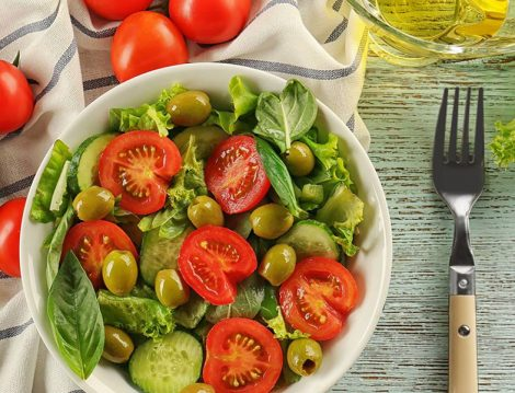 İftar Sofralarına Yemek Eşlik Edecek Lezzetli Salata Tarifleri