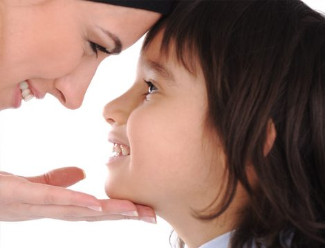 Çocuklarını Dinleyen Anne ve Babalar
