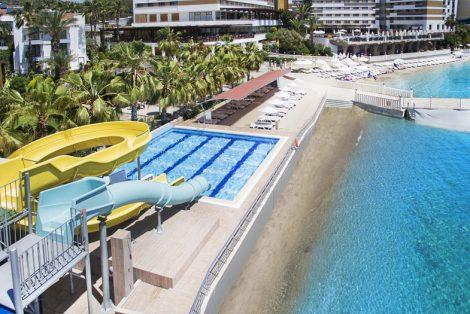 Adin Hotel Aqua Park