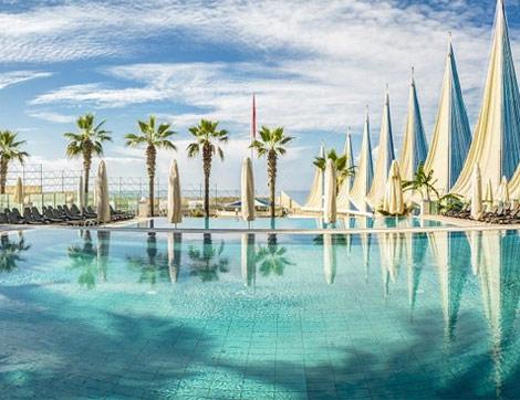 Antalya'nın En İyi Alkolsüz Otelini Her Şey Dahil Fiyatlarıyla Keşfedin!
