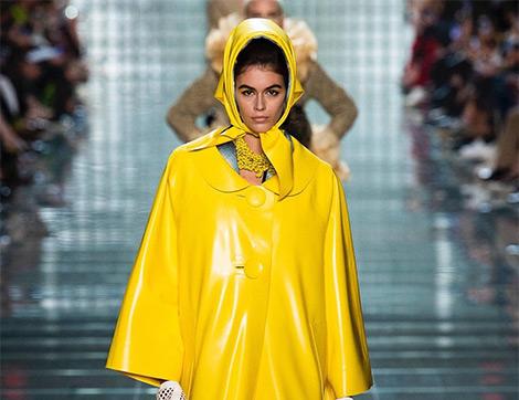 New York Moda Haftasında Dikkat Çeken 5 Trendten Biri Başörtüsü(!)