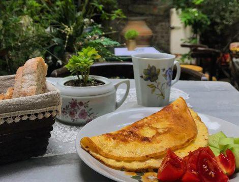 Velvet Cafe Krep ile Kahvaltı