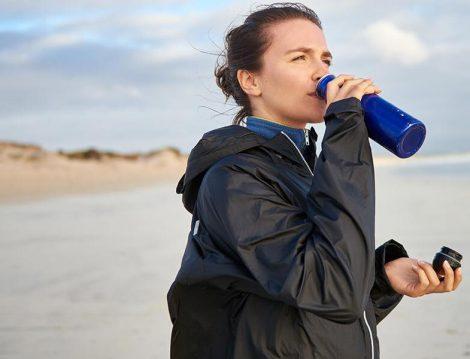 Yürüyüş ve Egzersiz Yaparken Su İçmek