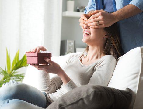 Evlilikte Hediye Alıp Verme