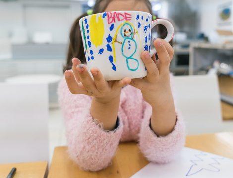 Akbank Sanat Çocukar İçin Renkli Kupa Atölyesi