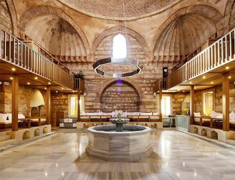 Kılıç Ali Paşa Hamamı Süs Havuzu