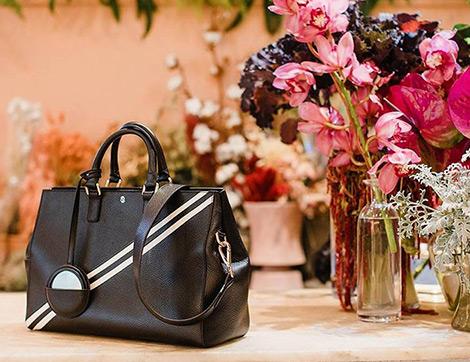 """Bir Çantadan Fazlası """"Bloomsbury Signature Tote Bag"""""""