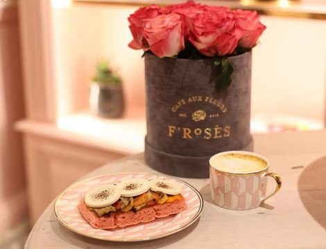 Froses Floral Cafe Tatlı ve Kahve