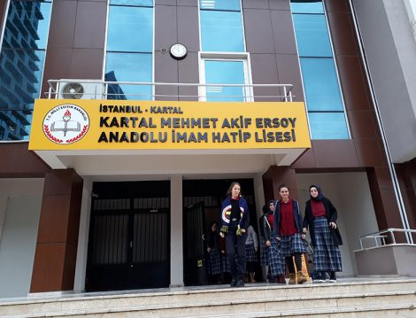 Kartal Mehmet Akif Ersoy Anadolu İmam Hatip Lisesi Ders Zili Uygulaması