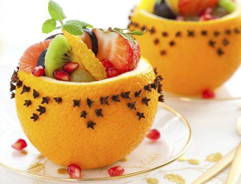 Portakal Kabuğu Kasesinde Meyve Salatası Tarifi