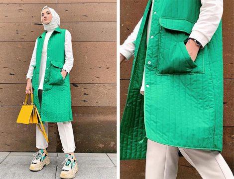 Yeşil Yelek Beyaz Bol Pantolon Kombini