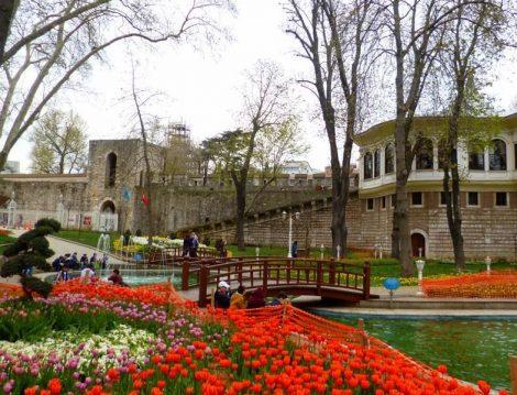 Gülhane Parkı Lale Bahçeleri
