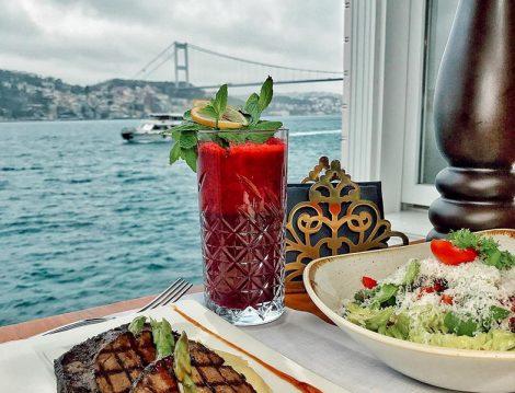 Pembe Yalı Restaurant Beykoz Boğaz Manzarası