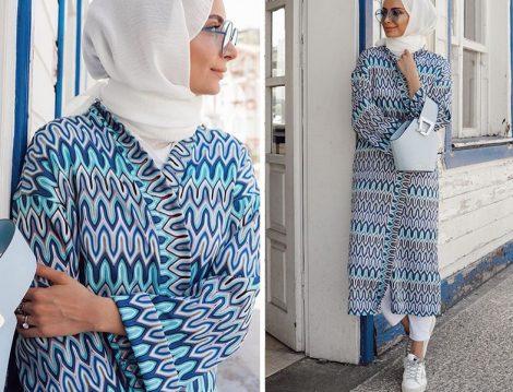 Betül Gedik Mavi Beyaz Desenli Kimono Kombini