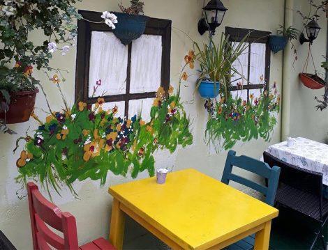 Kafe La Mekan Renkli Dekorasyon