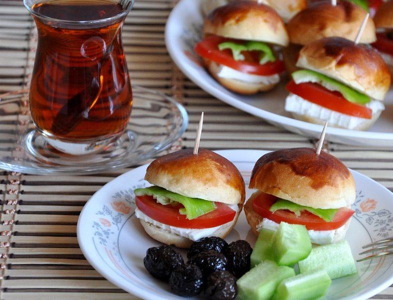 Kahvaltılık Sandviç Poğaça Tarifi