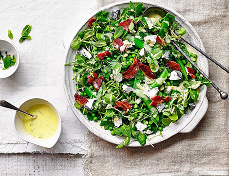 Beş Çayı Sofralarına 5 Yaz Salatası Tarifi
