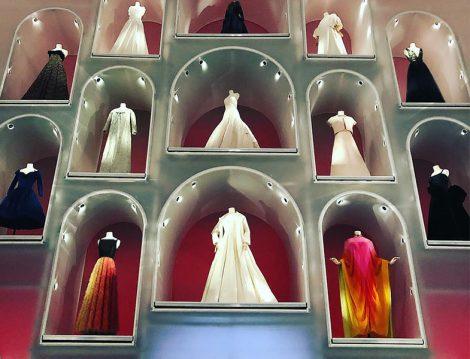 Christian Dior Paris'ten Dünyaya Sergisi