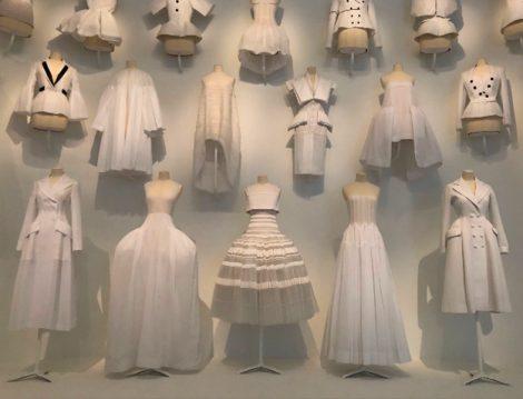 Christian Dior Paris'ten Dünyaya Sergisi - Etek, Bluz ve Elbiseler