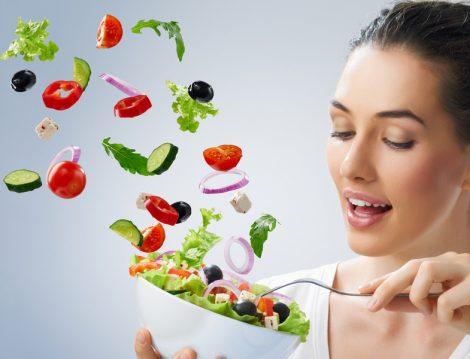 Ana Öğünlerde Salata Tüketmek