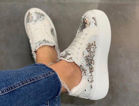 Pullu Spor Ayakkabı