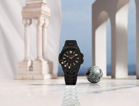 Versace'nin Kadınlar İçin Tasarladığı Spor Saat Modeli