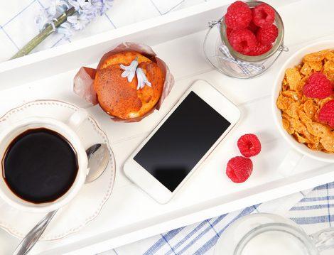 Yemek ve Telefon