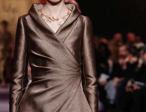 Dior 2020 Haute Couture Koleksiyonu'nda Öne Çıkan Etek-Ceket Takımlar