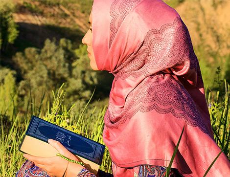 Kadının Hakları Nelerdir? İslam Kadınlara Bir Baskı ve Kısıtlama Getiriyor mu?