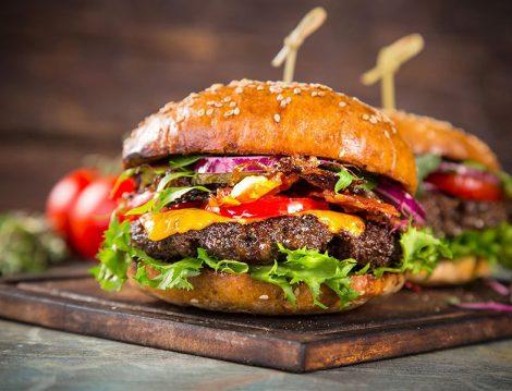 Domates Soslu Hamburger