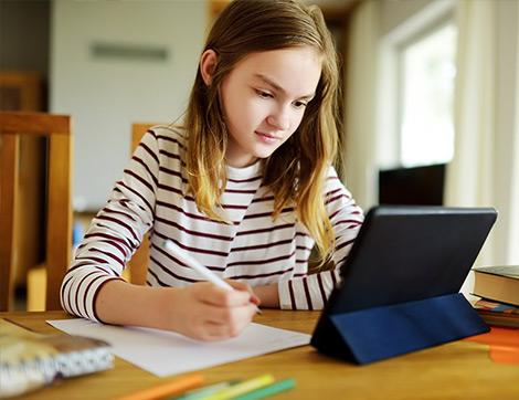 Çocuklarımızın Odaklanmayı Öğrenmelerini ve Geliştirmelerini Sağlayacak 7 Önemli Adım