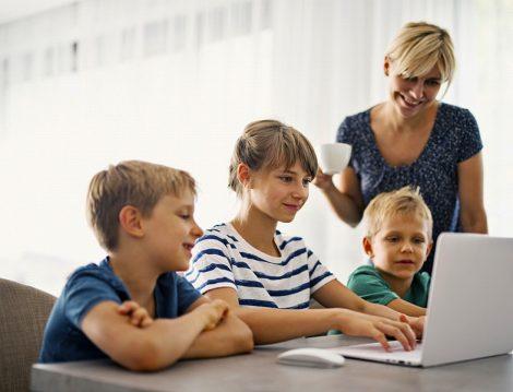 Çocuklarda Online Derslere Odaklanma