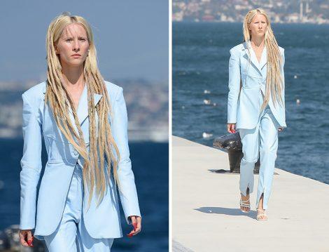 Ceren Ocak İlkbahar Yaz 2021 Koleksiyonunu Mavi Pantolon Ceket Takım