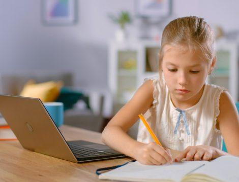 Online Eğitimde Duygusal Boşluk Sorunları