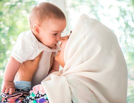 Yenidoğan Bebeğe Yapılacak Sünnetler