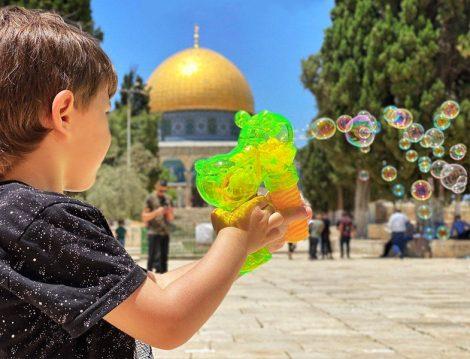 Kudüs'te Çocuk Olmak