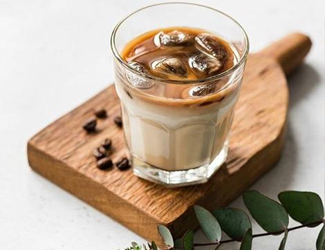 En Kolay Buzlu Kahve Nasıl Yapılır? Evde Kolayca Yapabileceğiniz 5 Buzlu Kahve Tarifi