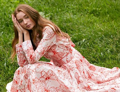 Dünyaca Ünlü Markaların 2021 Yaz Koleksiyonlarından Uzun Elbise Modelleri ile  İlham Veren Kombinler