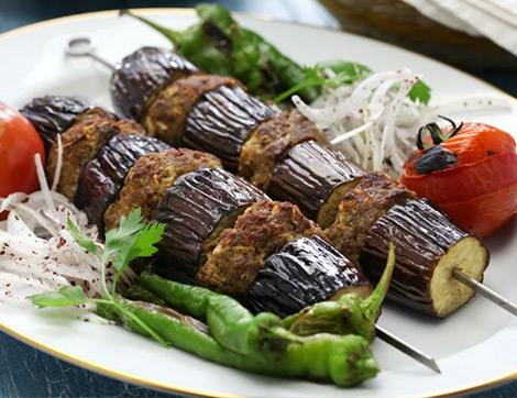 Fırında Nefis Patlıcan Kebabı Nasıl Yapılır? En Lezzetli ve Pratik Patlıcan Kebabı Tarifi